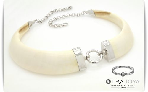 SILVER WILD BOAR TUSKS NECKLACE