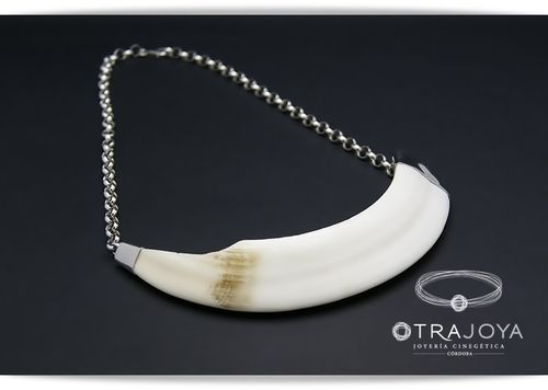 SILVER NECKLACE WITH WILD BOAR TUSK
