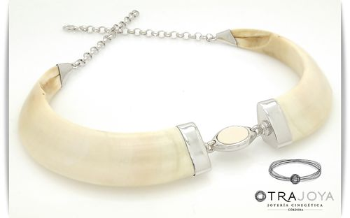 NATURAL WILD BOAR TUKS NECKLACE WITH IVORY