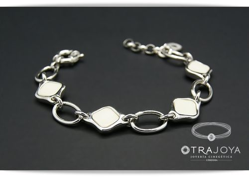 SILVER BRACELET WITH WARTHOG IVORY PIECES